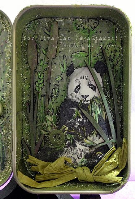 Panda Eating 2 1/4 x 2 3/4-39943